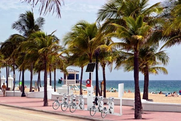 B-Cycle-at-Fort-Lauderdale-Beach