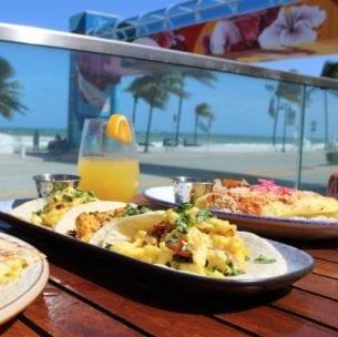 beachside brunch at lona restaurant