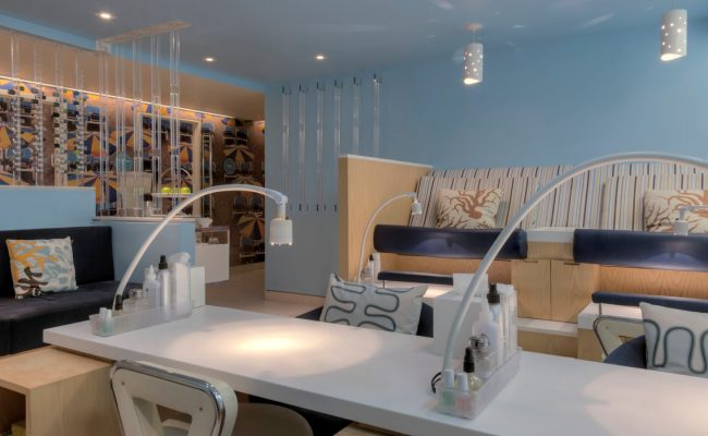 who1522sp-159989-Bliss-Spa-Fort-Lauderdale-Nail-Room
