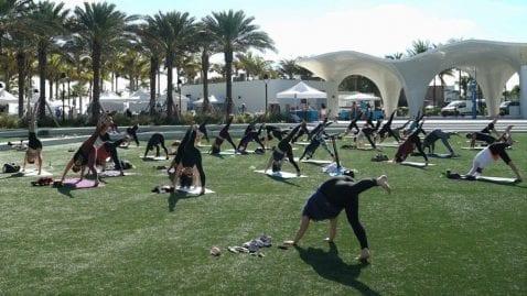 LOOP Yoga Fusion @ Las Olas Oceanside Park | Fort Lauderdale | Florida | United States